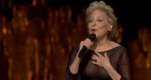 Bette-Midler-Oscars-2014